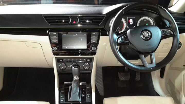 new skoda superb 2016 india photos interior dashboard