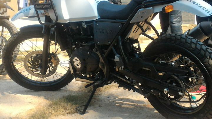2017 royal enfield himalayan fuel injection images engine specifications