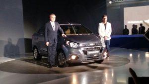chevrolet-essentia-compact-sedan-pics
