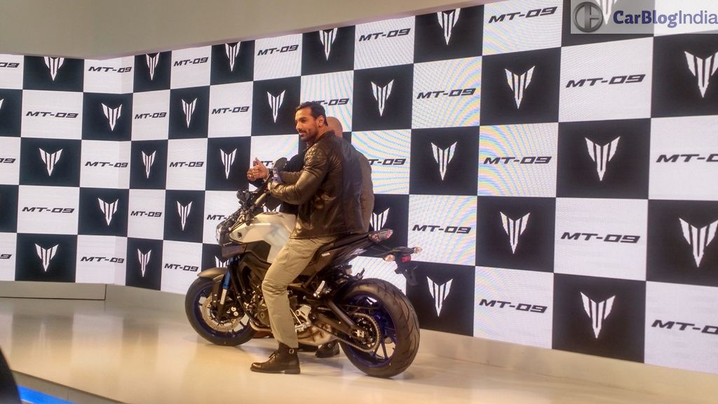 yamaha mt-09 india price john-abraham-yamaha-mt-09