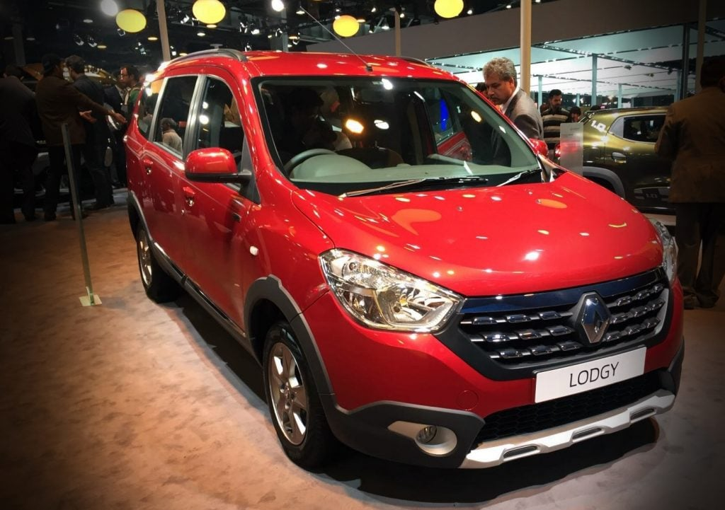 modified renault lodgy at auto expo 2016