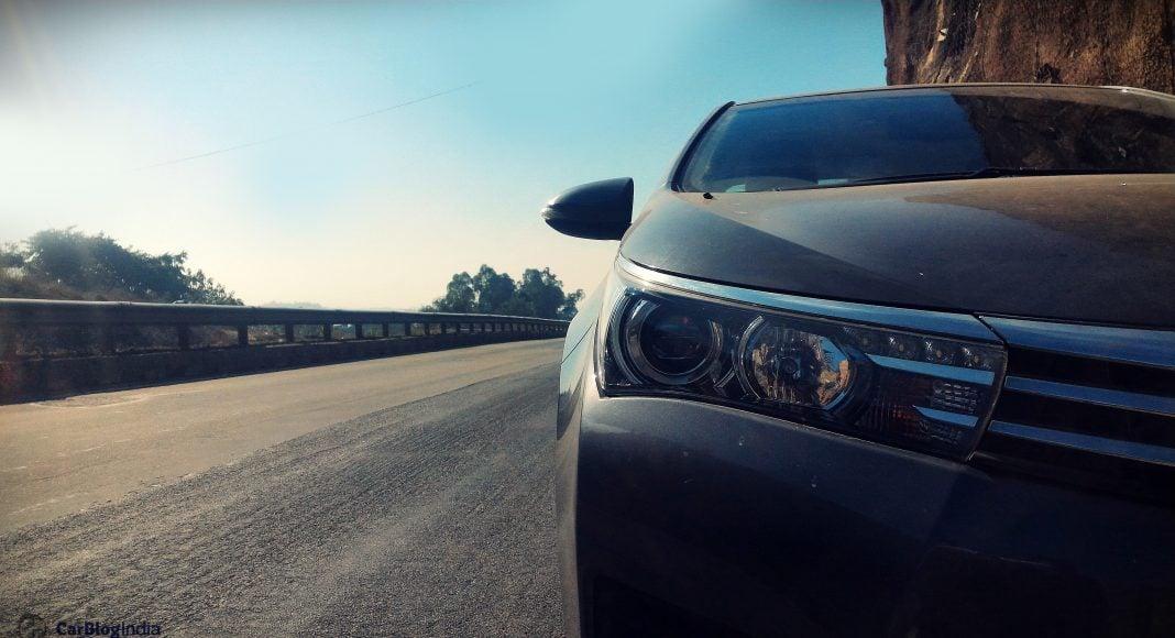 toyota corolla altis diesel review photo headlight