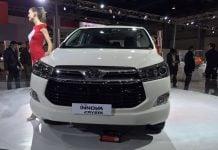toyota-innova-crysta-auto-expo-2016-3