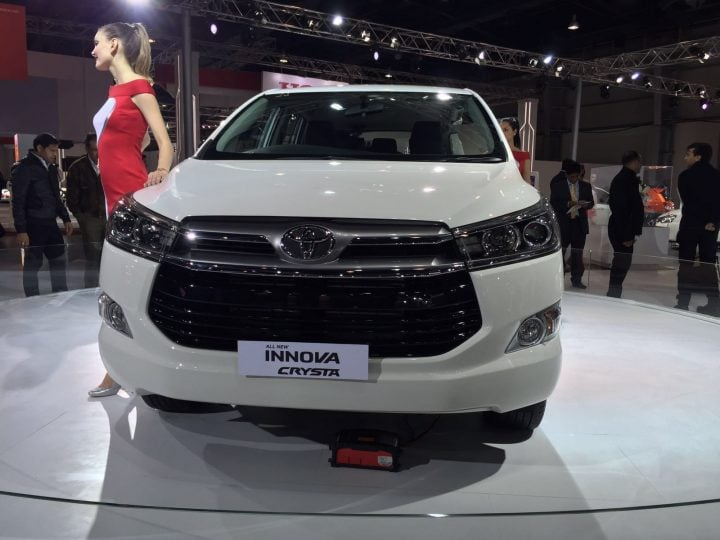 best car in india below 20 lakhs - toyota-innova-crysta-auto-expo-2016-3