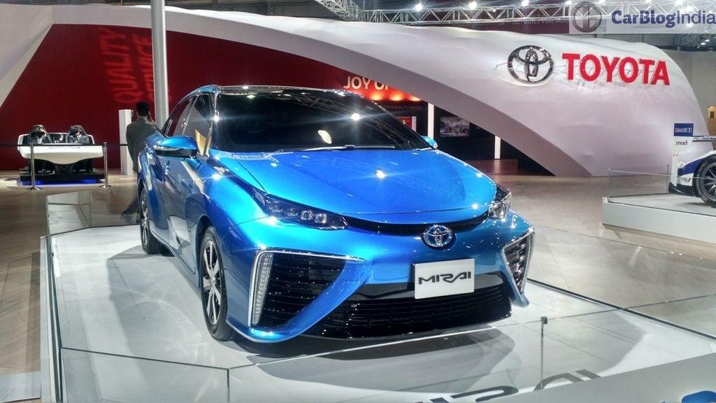 toyota cars at auto expo 2016 toyota mirai