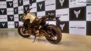 yamaha-mt-09-india-auto-expo-side-rear