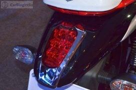 bajaj-v15-photos- taillight