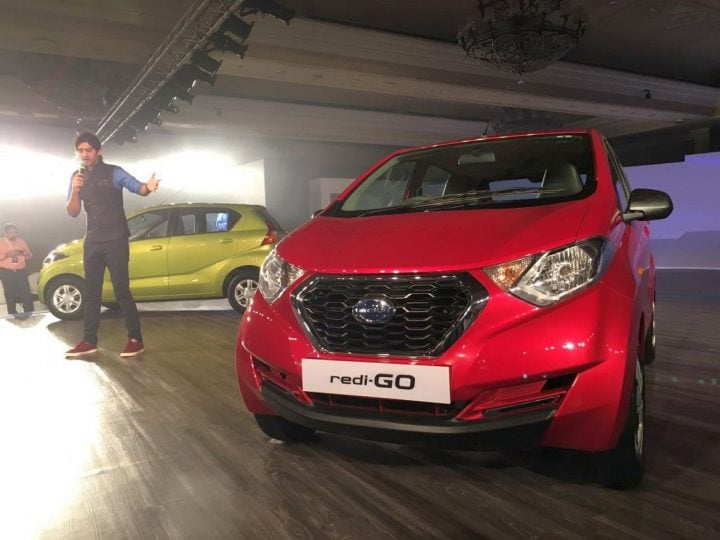 2016 Datsun Redi Go India Spec Model in Green and Red Colours along with details of India launch date and price