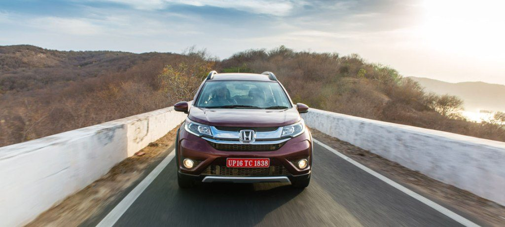 honda br-v vs honda mobilio - 2016 honda brv india official images (9)