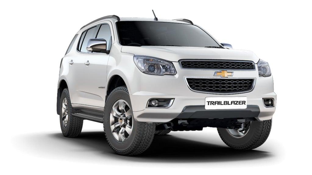 2018 Trailblazer Price >> New Toyota Fortuner vs Ford Endeavour vs Trailblazer Comparison