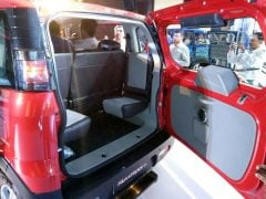mahindra-nuvosport-side-profile-official-images-red-2
