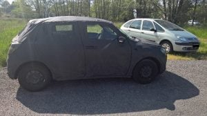 2017-Maruti-Suzuki-Swift-rear-angle-spy-images-France-2