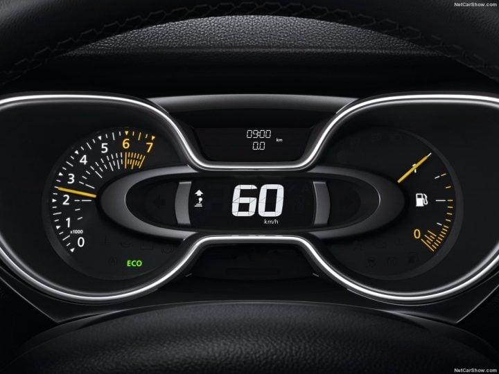 Renault Captur 2017 Speedo Console