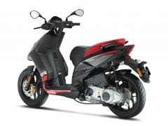 aprilia 150 scooter india-images-front-angle
