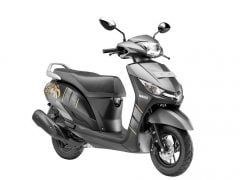 yamaha-cygnus-alpha-disc-brake-variant-marvel-black-new-colour