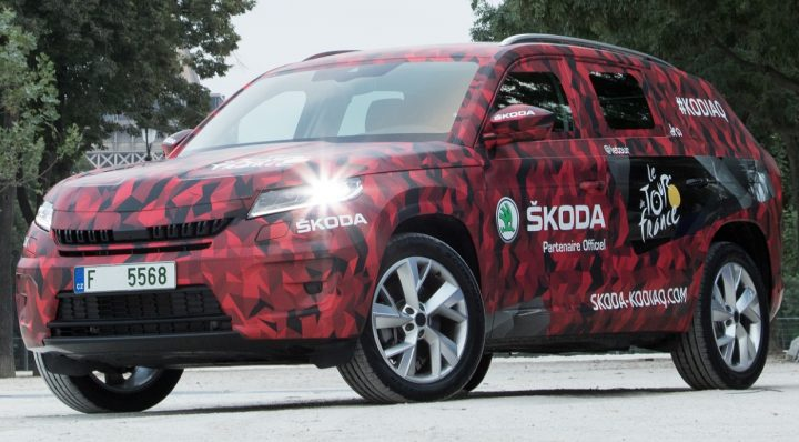 7 seater skoda suv 2017-Skoda-Kodiaq-SUV-official-teaser-images-front-angle