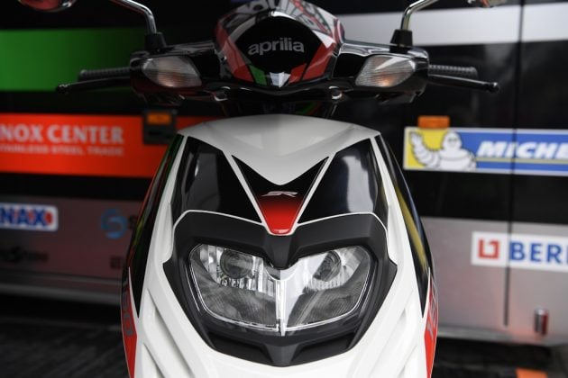 aprilia-sr-150-official-images-front