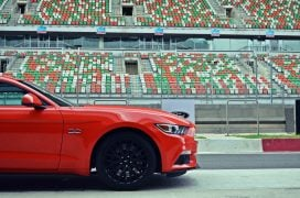 ford-mustang-india-test-drive-review-track-day-images (15)