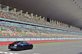 ford-mustang-india-test-drive-review-track-day-images (6)