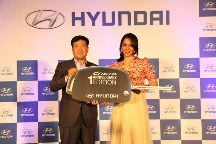 Hyundai Creta Anniversary Edition Price, Images, Features, Specs hyundai-creta-anniversary-edition-saina-nehwal-images (2)