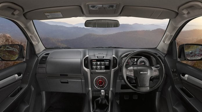 isuzu-mu-x-official-images-interior-dashboard-design
