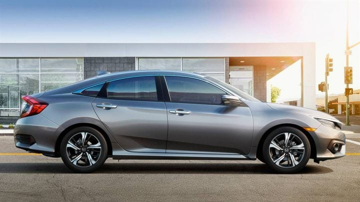 New 2017 Honda Civic India Launch, Price, Specifications new-2017-honda-civic-india-official-images- (6)