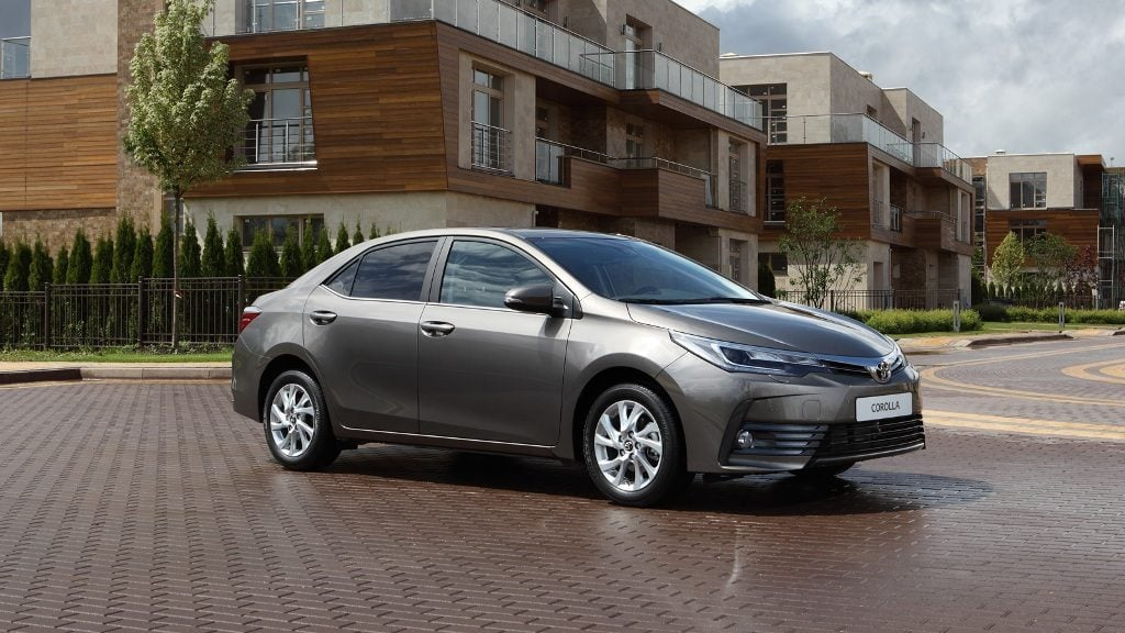 New 2017 Toyota Corolla Altis India Official Images Front