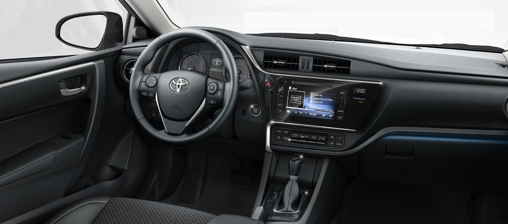New 2017 Toyota Corolla Altis India Official Images Interior Carblogindia