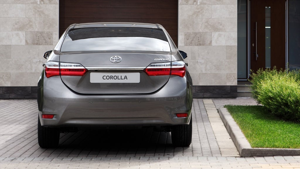 New 2017 Toyota Corolla Altis India Official Images Rear