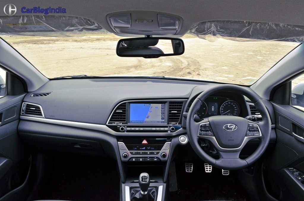 2016 Hyundai Elantra Test Drive Review Images 11