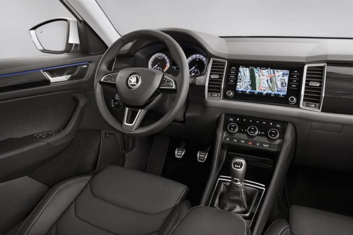 Skoda Kodiaq India Price Rs 27 lakh; Launch Date - September 2017-Skoda Kodiaq interior-dashboard-image