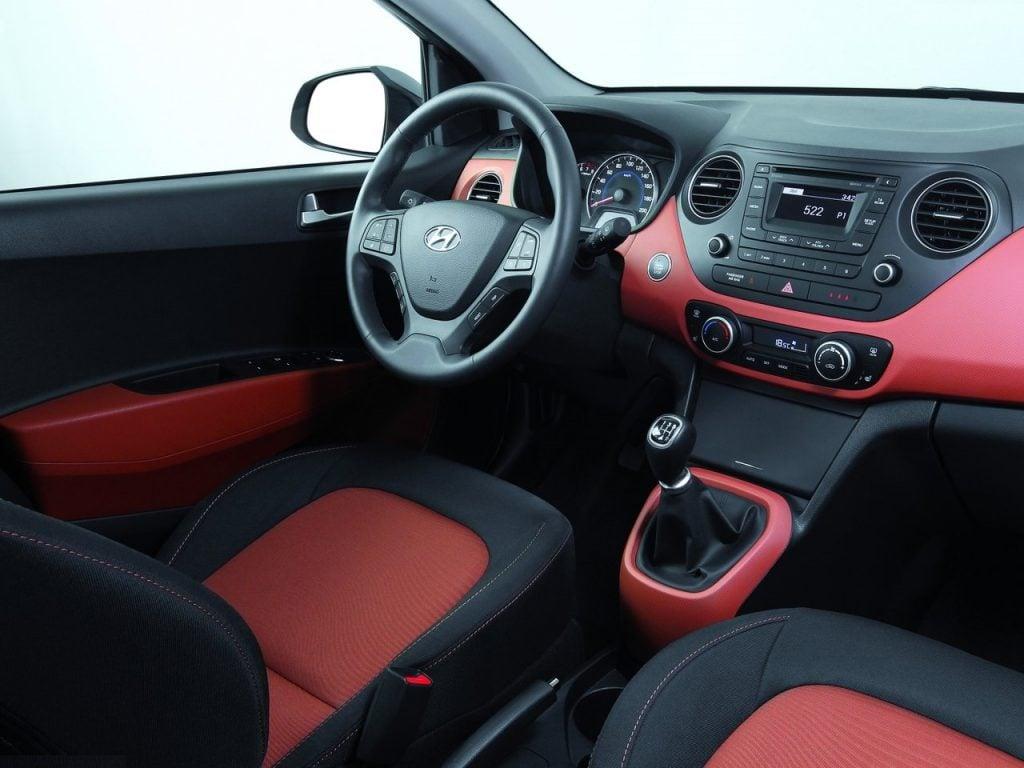 new hyundai i10 2017 images-interior - CarBlogIndia