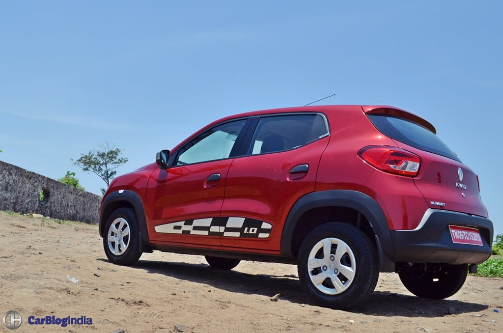 Renault kwid 1000cc test drive review mileage specifications for Garage renault evrecy 14