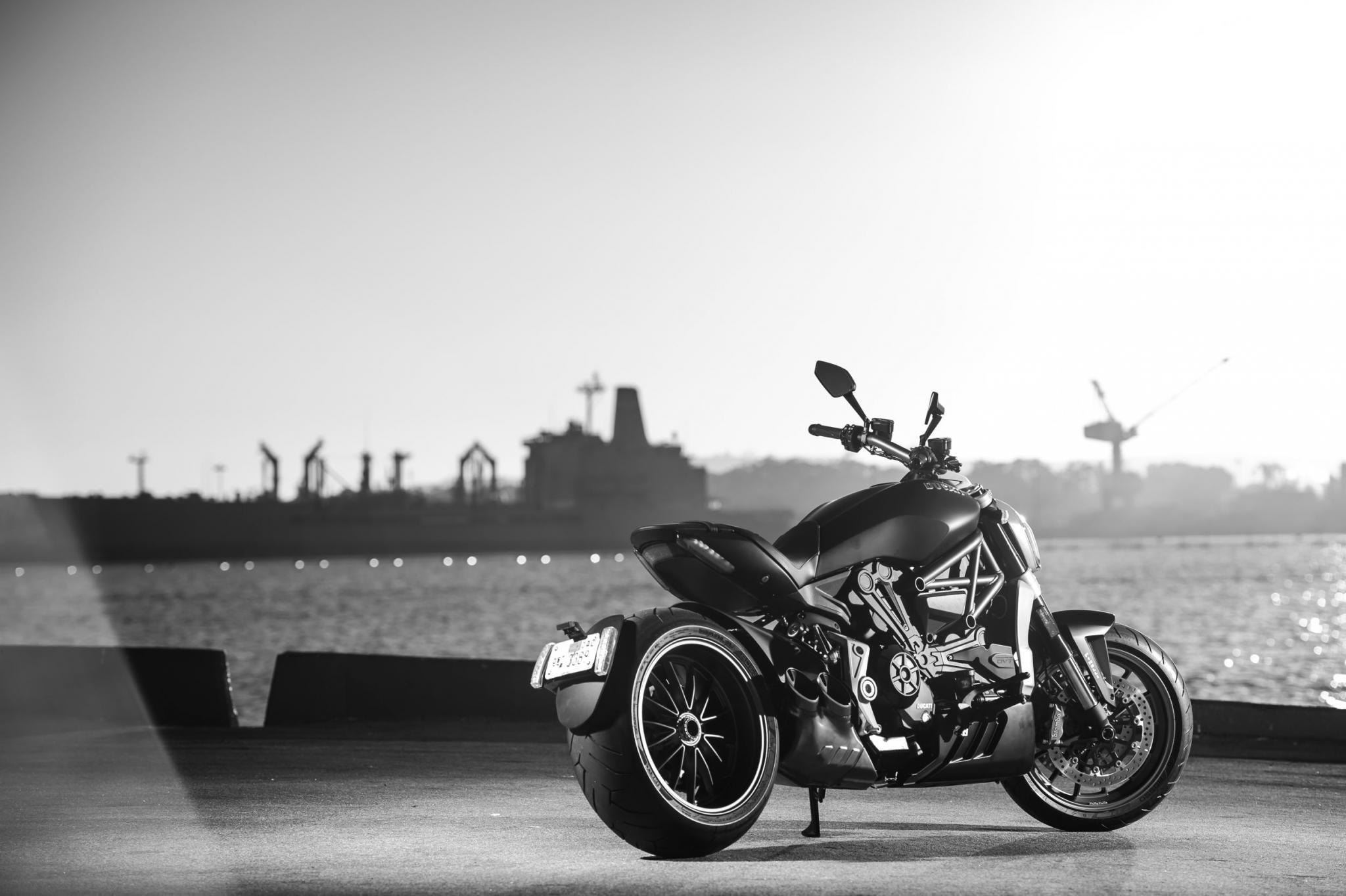 Ducati XDiav... Ducati Monster India