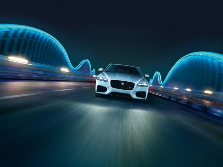New 2016 Jaguar XF India Price - 49.50 lakh; Specificaitons, Features new-2016-jaguar-xf-india-official-images-1