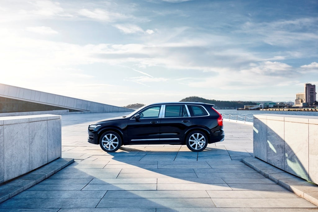 volvo xc90 t8 excellence india price rs crore xc90. Black Bedroom Furniture Sets. Home Design Ideas