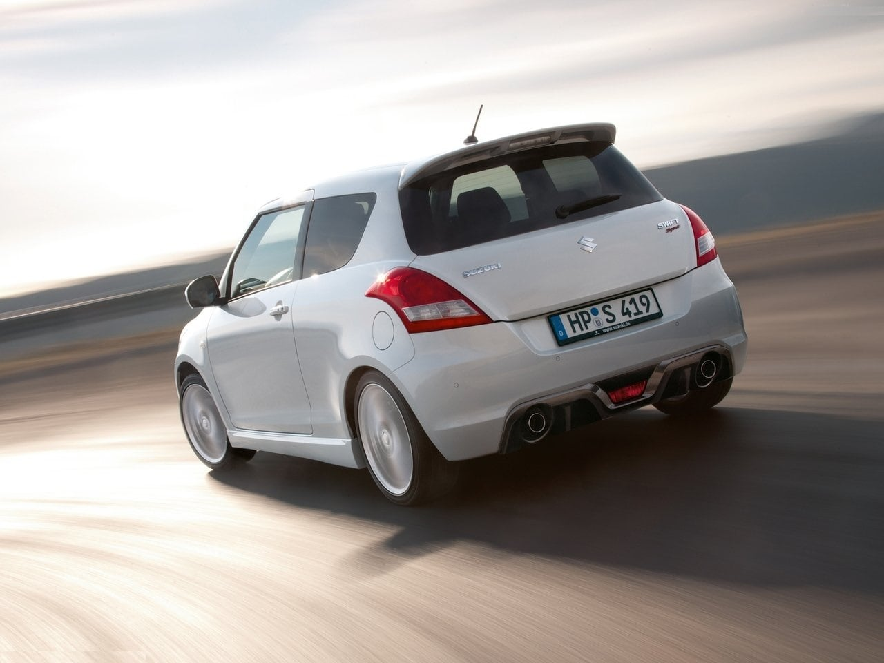 maruti swift sport india launch price specifications images top speed. Black Bedroom Furniture Sets. Home Design Ideas