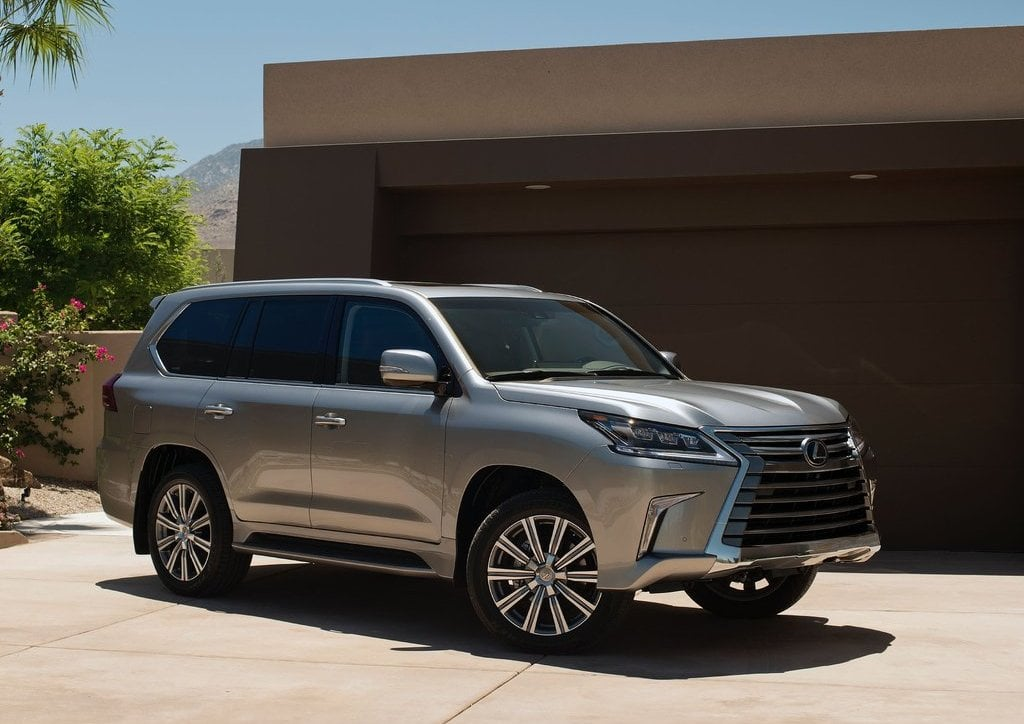 2016 Lexus Lx 570 India Official Image Front