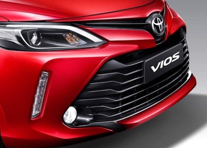 toyota cars at auto expo 2018 new toyota sedan