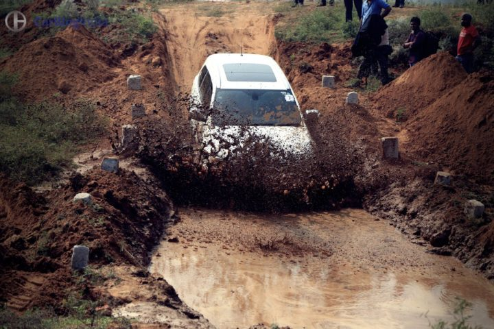 ford endeavour off road review images 4