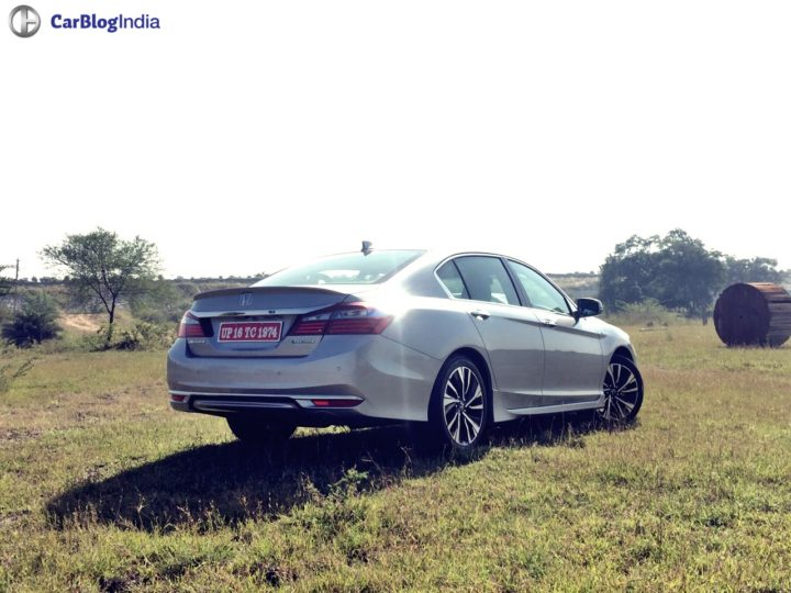 New Honda Accord 2016 India Price- 37 lakh >> Specs, Mileage, Interior honda-accord-hybrid-rear