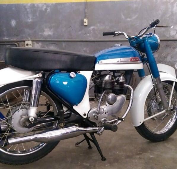 ms-dhoni-bike-collection-norton
