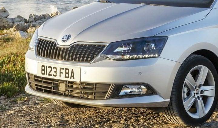 New Skoda Rapid vs Volkswagen Vento Comparison of Price, Specs new-skoda-rapid-nose