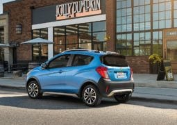 2017-chevrolet-spark-beat-activ-usa-rear