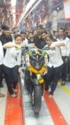 bajaj-dominar-400-black-front-production-line-images-1