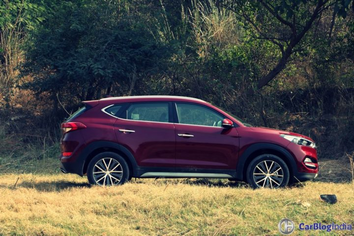 new hyundai tucson test drive review images side profile