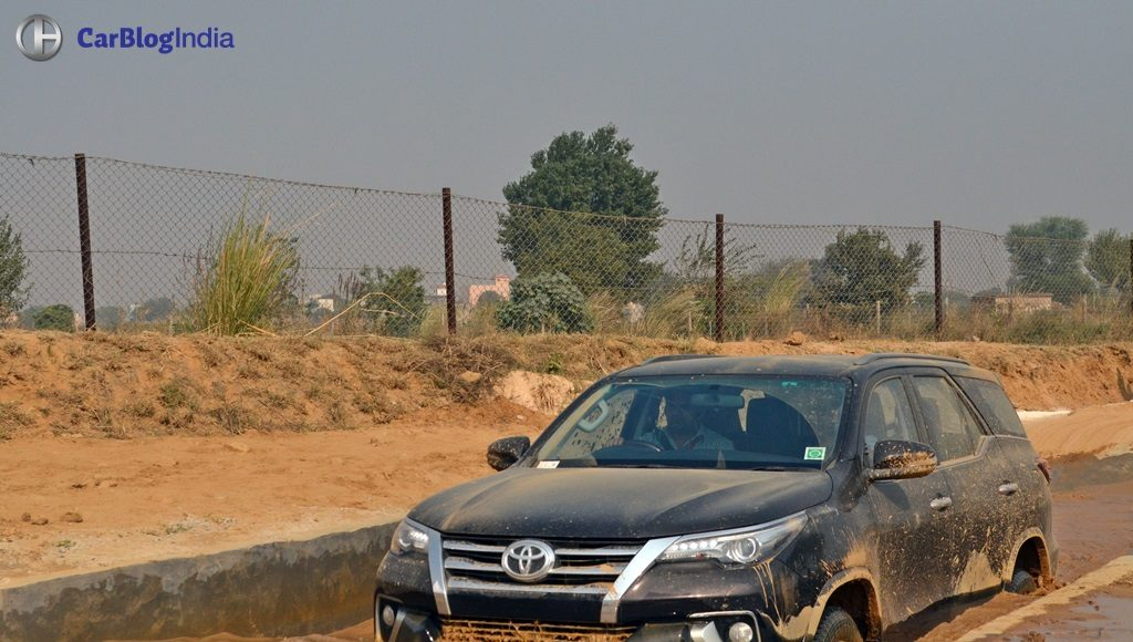 new-toyota-fortuner-off-road-experience-7