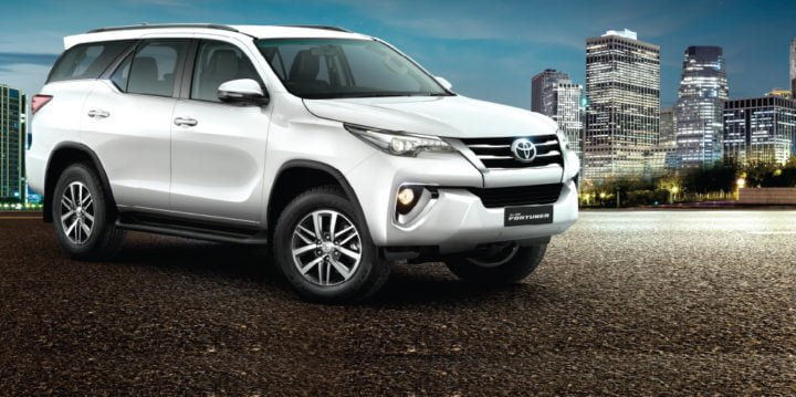 new-toyota-fortuner-official-image-2