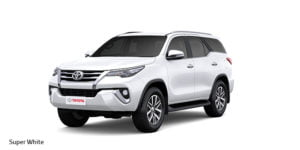 new-toyota-fortuner-official-image-colour-super-white
