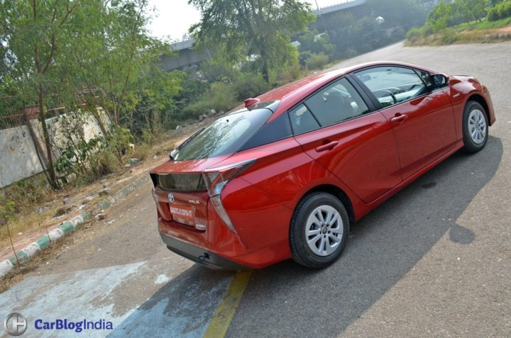 New Toyota Prius Test Drive Review India, Ride, handling, specifications new-toyota-prius-test-drive-review-india-12